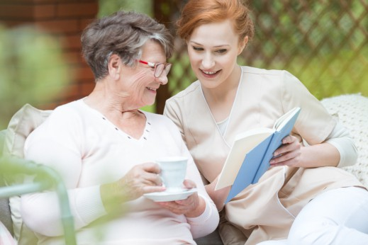 Ways to Provide Social & Emotional Support to the Elderly